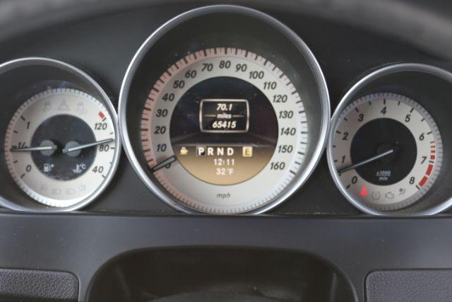 Car Details Mercedes-Benz-2012-WDDGF8BB8CR193322 - Hi5Cars