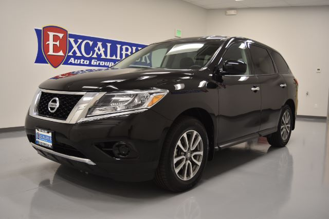 2014 NISSAN PATHFINDER S 4WD 56k miles Options 4WDAWD ABS Brakes Air Conditioning Alloy Wheel