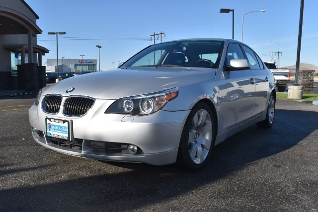 2007 BMW 5-SERIES 530I 121k miles Options ABS Brakes Air Conditioning Alloy