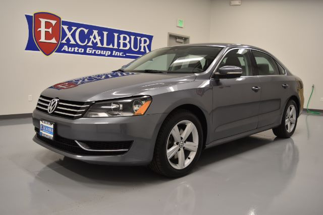 2013 VOLKSWAGEN PASSAT 25L SE AT 66k miles Options ABS Brakes Air Conditioning Alloy Wheels A