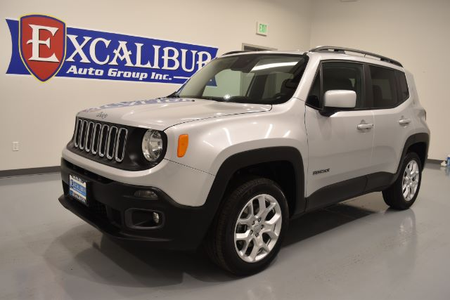2016 JEEP RENEGADE LATITUDE 4WD 20k miles Options ABS Brakes Adjustable Foot Pedals Alloy Wheel