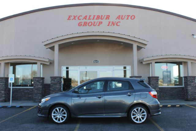 2010 TOYOTA MATRIX XRS 4-SPEED AT 59k miles Options ABS Brakes Air Condition