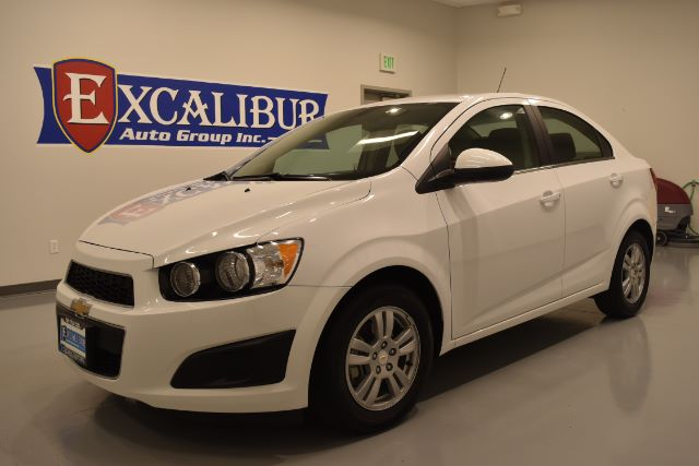 2016 CHEVROLET SONIC LT AUTO SEDAN 17k miles Options ABS Brakes Adjustable Foot Pedals Alloy Wh