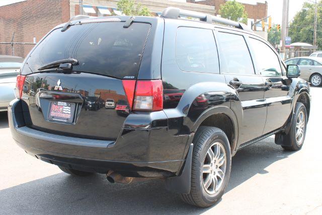 2007 Mitsubishi Endeavor SE AWD