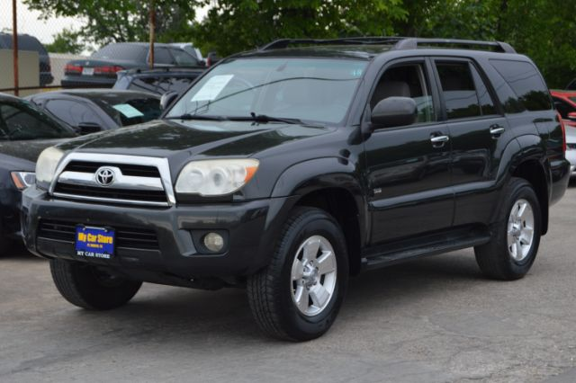 2008 TOYOTA 4RUNNER SR5 2WD 221k miles The Toyota 4Runner is a rugged SUV with impressive off-road