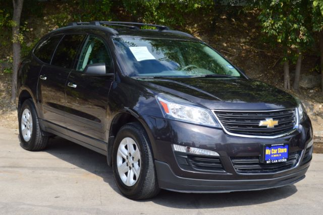 2014 CHEVROLET TRAVERSE LS FWD WPDC 38k miles 2014 Chevrolet Traverse LS FWD wPDC Options ABS B