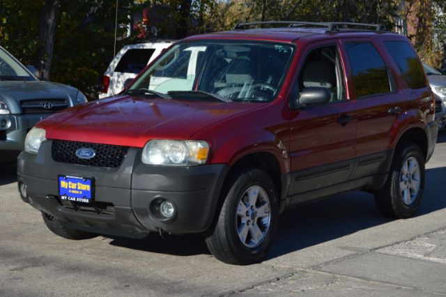 2005 FORD ESCAPE XLT 2WD 145k miles Options ABS Brakes Air Conditioning Alloy Wheels AMFM Rad