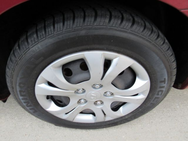 2010 Hyundai Elantra GLS in Cleveland