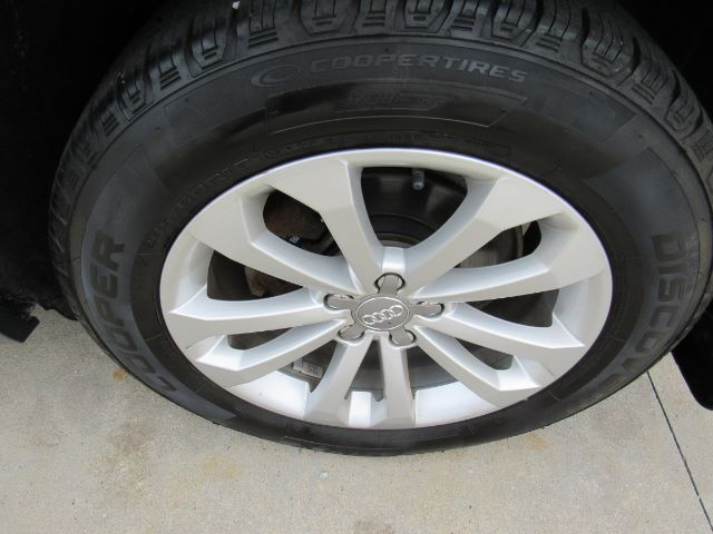 2014 Audi Q5 2.0 quattro Premium in Cleveland