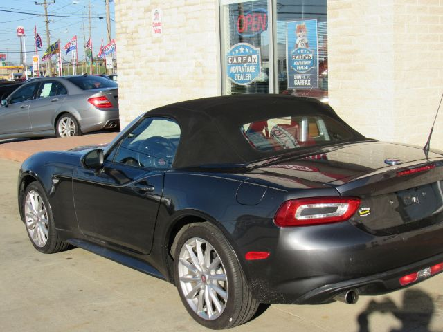 2017 Fiat Spider 124 Lusso in Cleveland