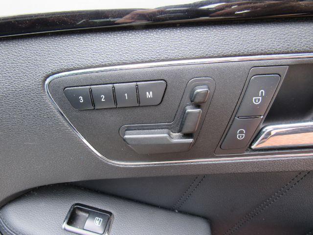 2010 Mercedes-Benz E-Class E550 Sedan 4MATIC in Cleveland