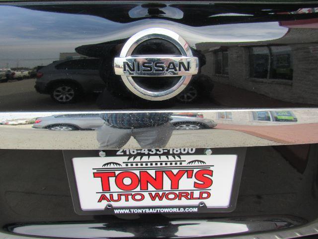 2014 Nissan Pathfinder Hybrid Platinum 4WD in Cleveland