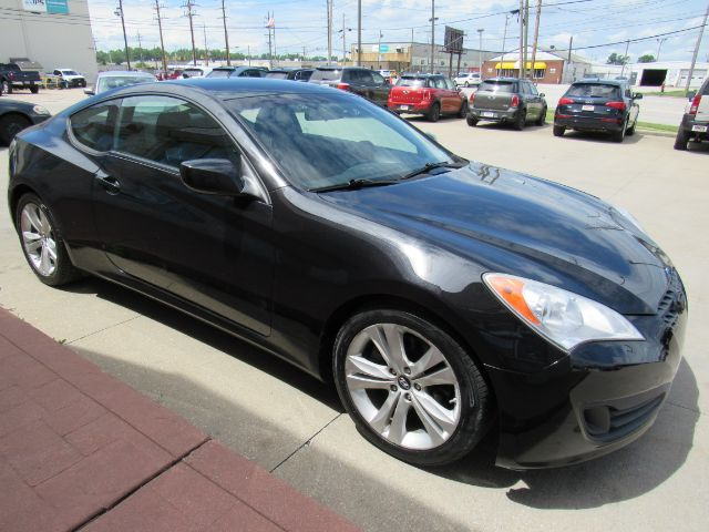 2011 Hyundai Genesis Coupe 2.0 Auto in Cleveland