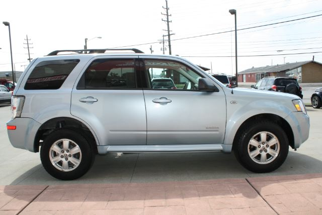 2008 Mercury Mariner V6 4WD in Cleveland