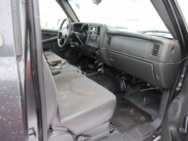 2005 Chevrolet Silverado 1500 Long Bed 4WD in Cleveland