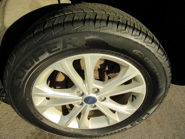 2013 Ford Escape SE FWD in Cleveland