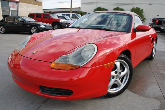 2000 Porsche Boxster Base in Cleveland