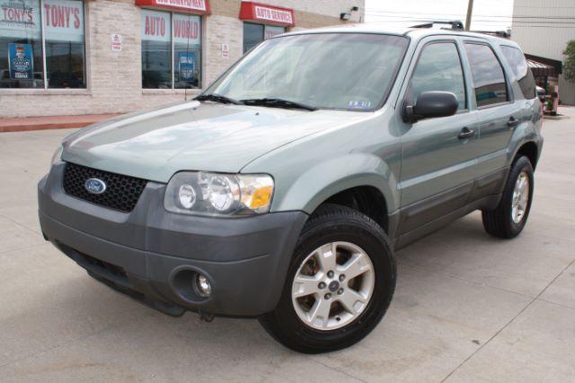 2005-Ford-Escape-XLT 4WD-Parma-Ohio