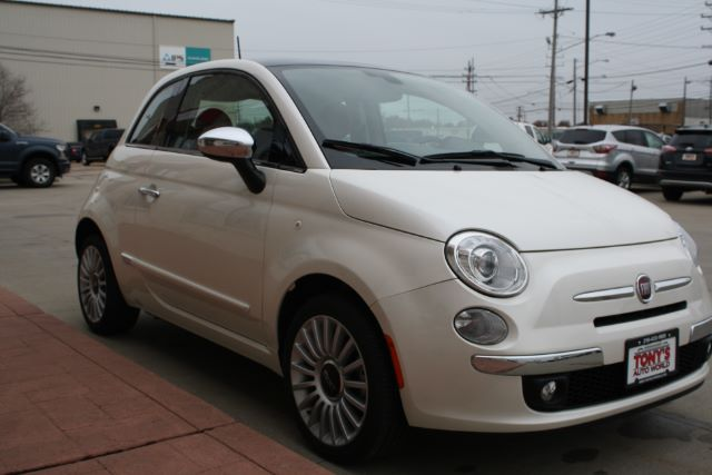 2017 Fiat 500 Lounge Hatchback in Cleveland