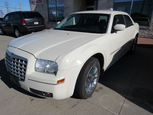 2007 Chrysler 300 Touring AWD in Cleveland