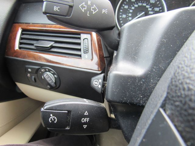 2010 BMW 5-Series 528i in Cleveland