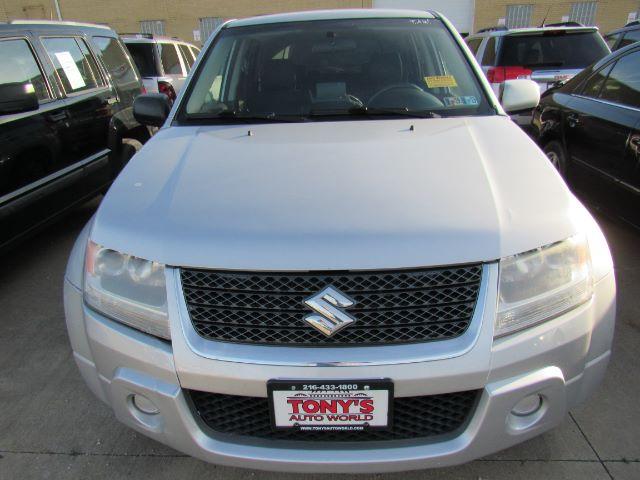 2010 Suzuki Grand Vitara Premium 4WD in Cleveland