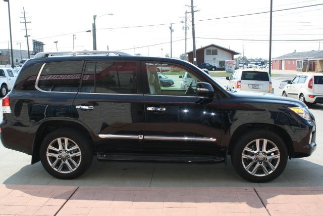 2014 Lexus LX 570 Sport Utility in Cleveland