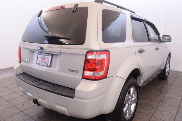 2008 Ford Escape XLT 4WD V6 in Cleveland