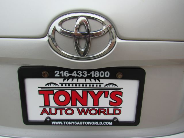2009 Toyota Camry LE 5-Spd AT in Cleveland
