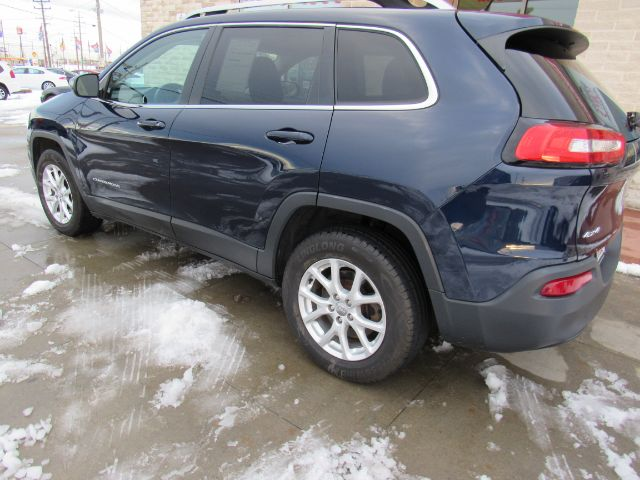 2014 Jeep Cherokee Latitude 4WD in Cleveland
