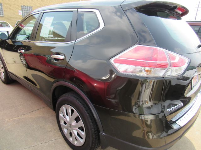 2014 Nissan Rogue SV AWD in Cleveland