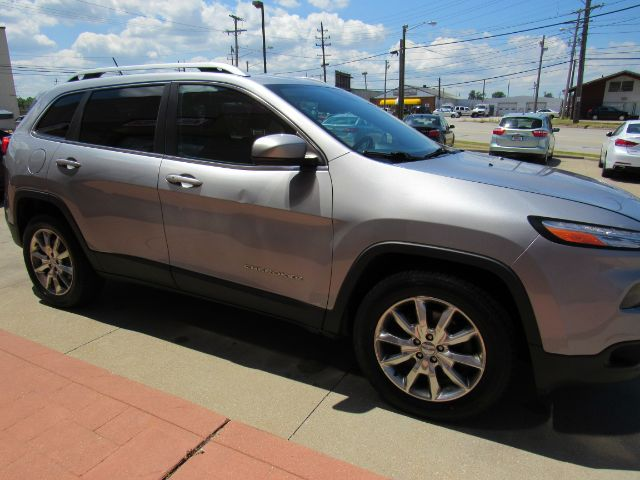 2014 Jeep Cherokee Limited 4WD in Cleveland