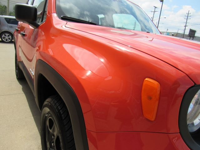 2018 Jeep Renegade Sport 4WD in Cleveland