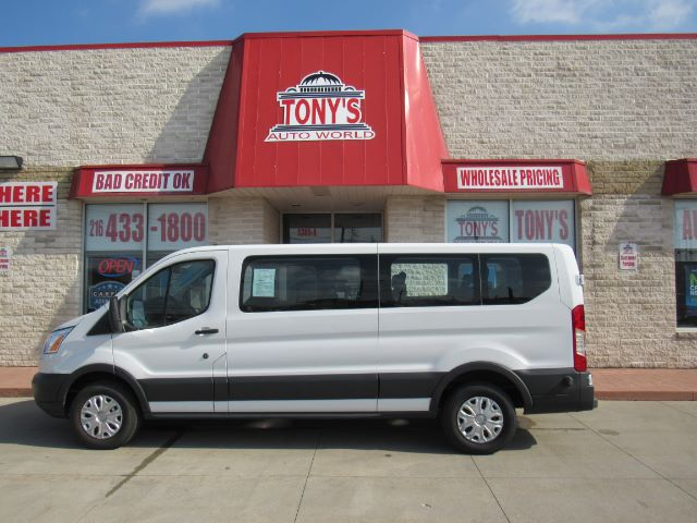 2017 Ford Transit 350 Wagon Low Roof XLT 60/40 Pass. 148-in. WB in Cleveland