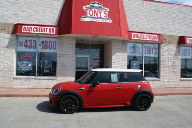 2012-Mini-Cooper-John Cooper Works-Parma-Ohio