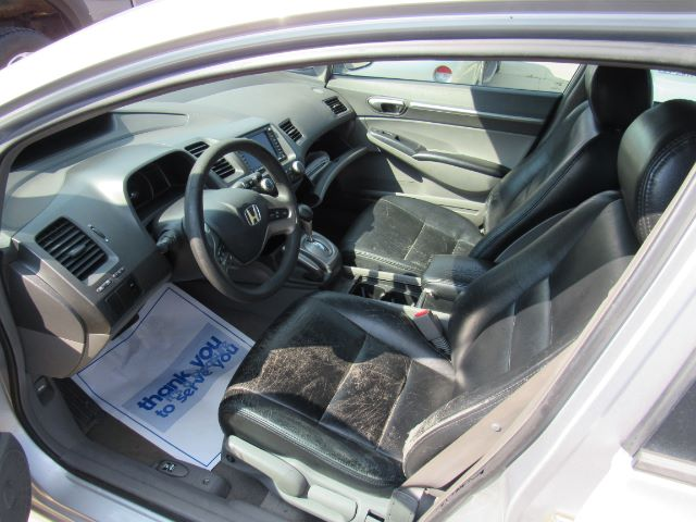 2006 Honda Civic EX Sedan AT with Navigation in Cleveland