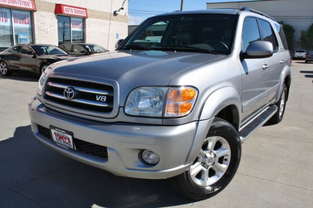 2004-Toyota-Sequoia-Limited 4WD-Parma-Ohio