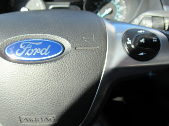 2014 Ford Focus Titanium Sedan in Cleveland