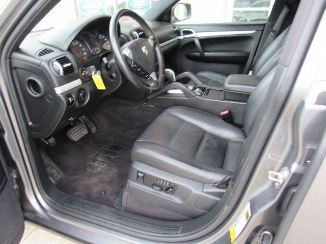 2008 Porsche Cayenne Base in Cleveland
