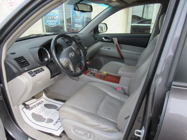 2008 Toyota Highlander Limited 4WD in Cleveland
