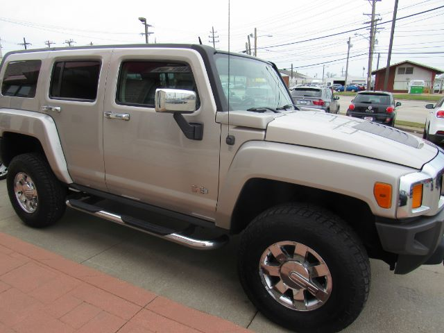 2007 Hummer H3 H3X in Cleveland