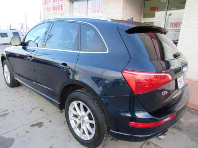 2010 Audi Q5 3.2 quattro Premium in Cleveland