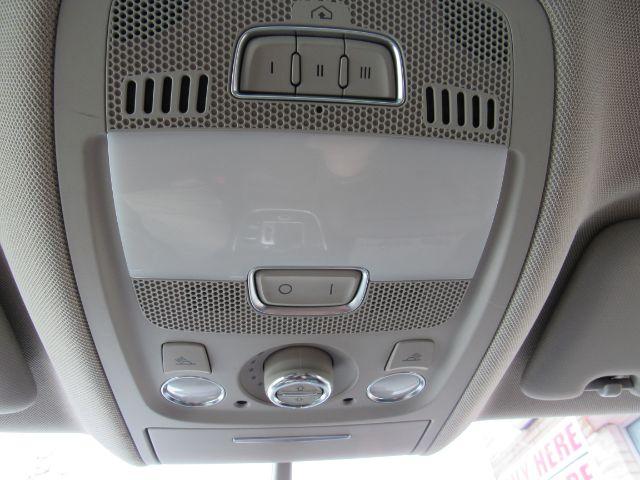 2012 Audi Q5 3.2 quattro Premium in Cleveland