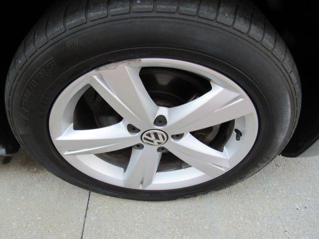 2015 Volkswagen Passat SE PZEV 6A in Cleveland
