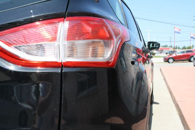 2015 Ford Escape S FWD in Cleveland