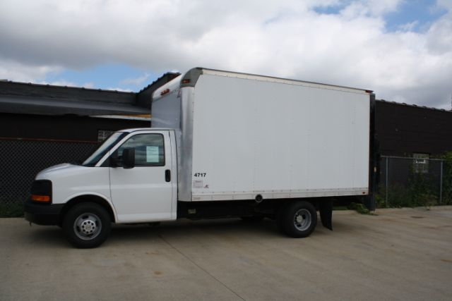 2012-Chevrolet-Express-G3500-Parma-Ohio