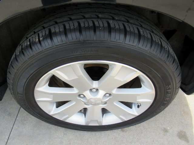 2010 Mitsubishi Outlander SE 4WD in Cleveland
