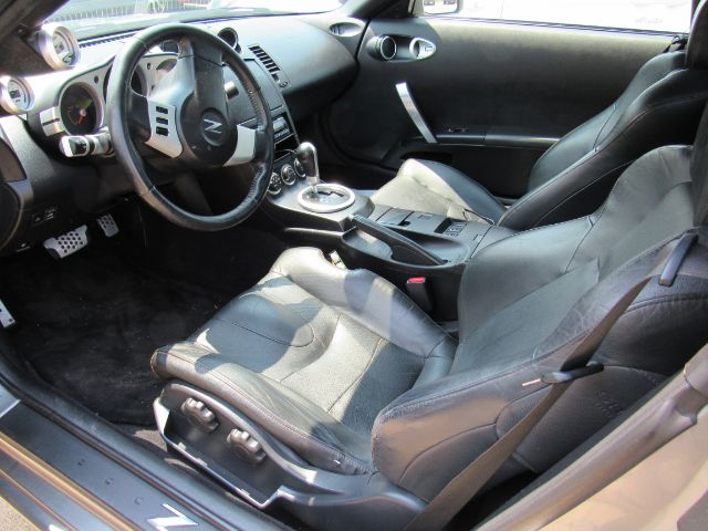 2004 Nissan 350Z Touring Roadster in Cleveland