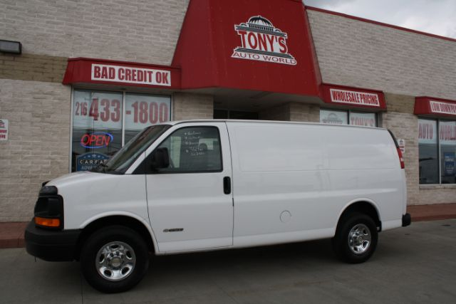 2005-Chevrolet-Express-2500 Cargo-Parma-Ohio