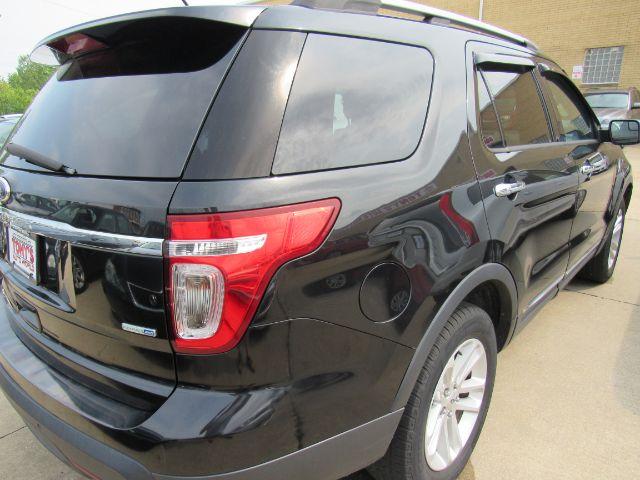 2013 Ford Explorer XLT 4WD in Cleveland